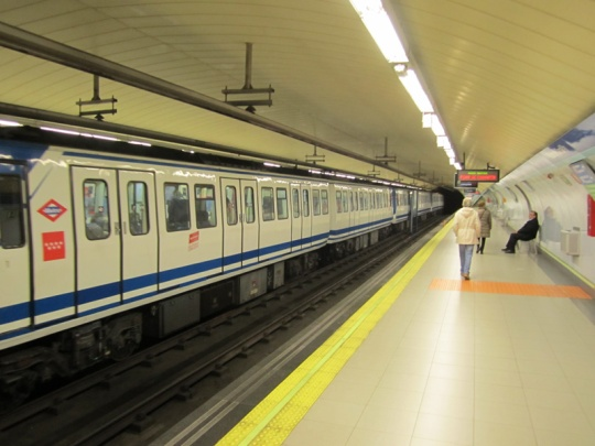 tren-antiguo-Metro-Madrid