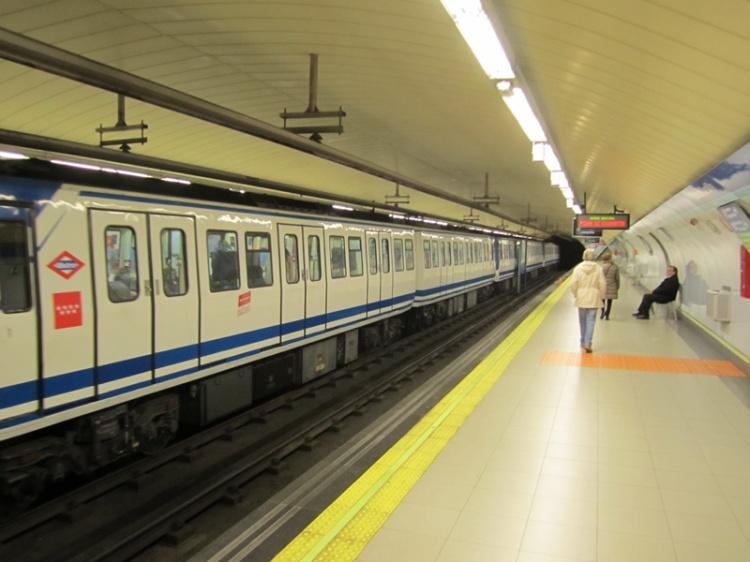 tren-antiguo-Metro-Madrid